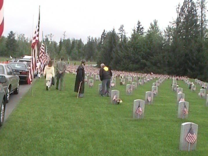 Memorial Day Tahoma Nat. Cemetery 08_03